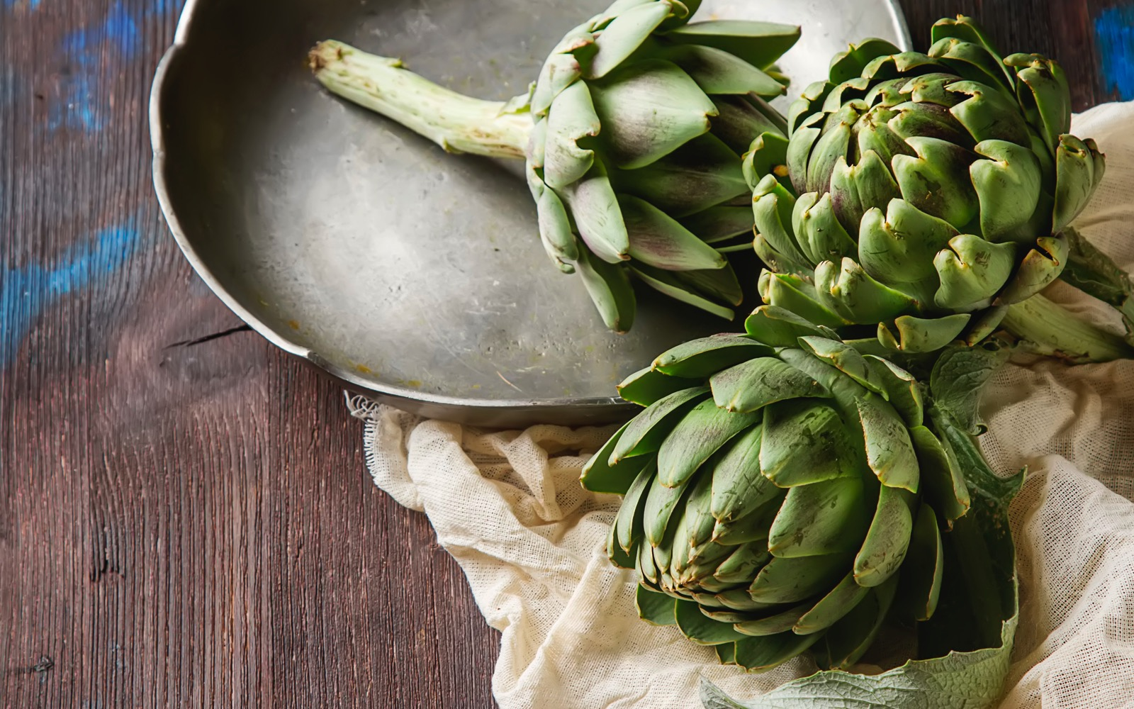 High quality artichokes. World-Class Ingredients in your Kitchen. Khayyan Specialty Foods, importers, manufacturers and distributors of fine Products from Spain in West New York, NJ.